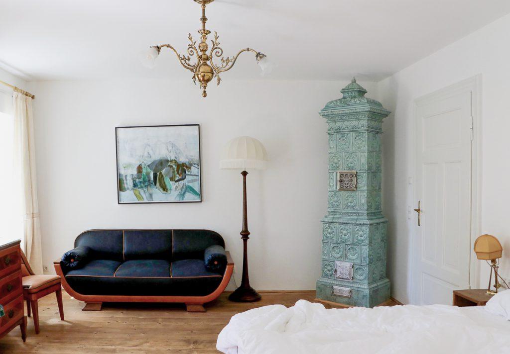 stilvoll und individuell eingerichtet: die Zimmer im Hotel Ottmanngut in Meran