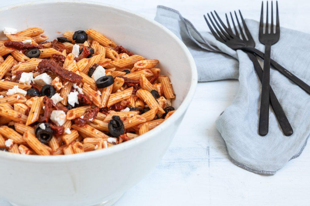 Italienischer Nudesalat: einfach und einfach immer lecker