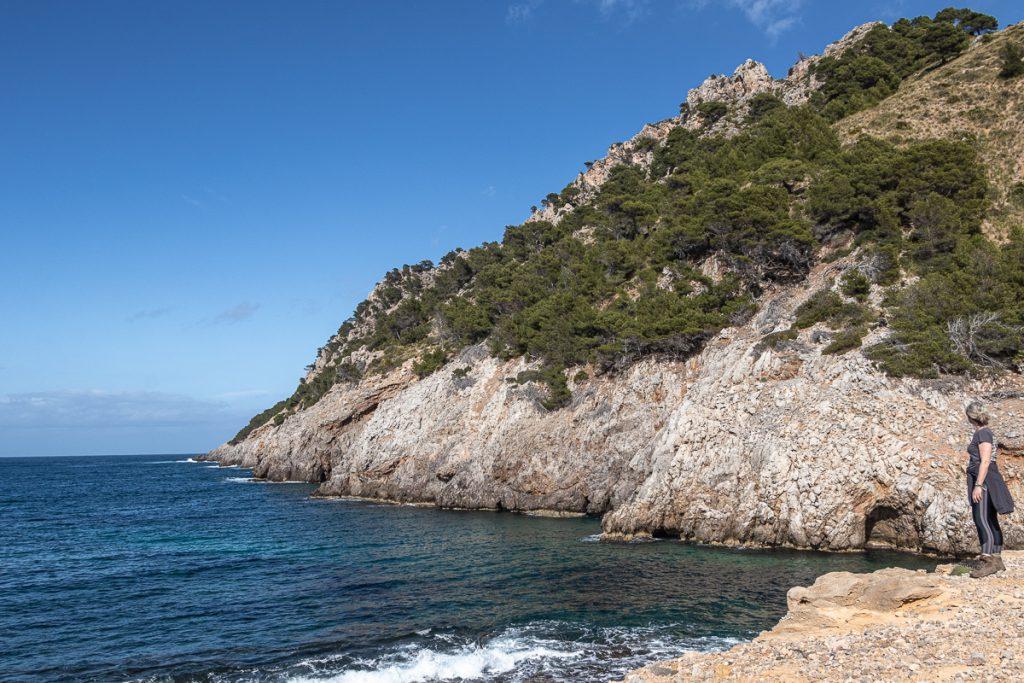 Küstenwanderung bei Betlem/Mallorca: Blick aufs Cap Ferrutx