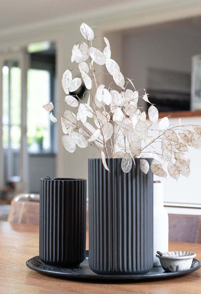 Kindheitserinnerung: Silbertaler in der Vase