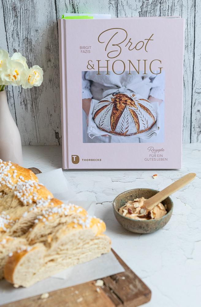 """""""Brot & Honig"""": ein neues Kochbuch aus dem Thorbecke-Verlag"""