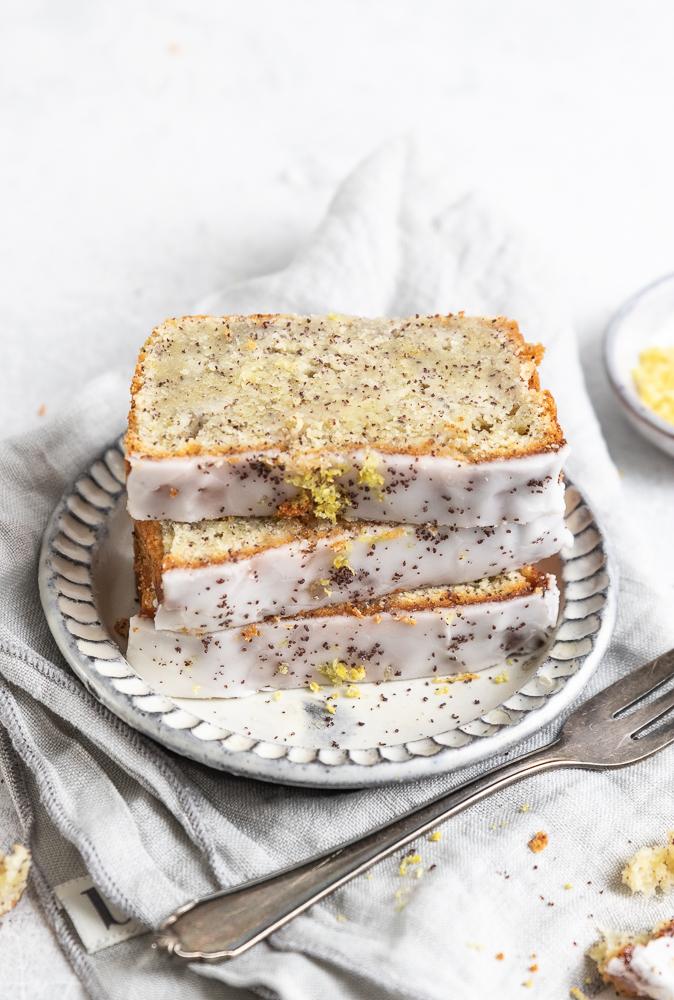 saftiger Zitronen-Mohn-Kuchen mit Ricotta