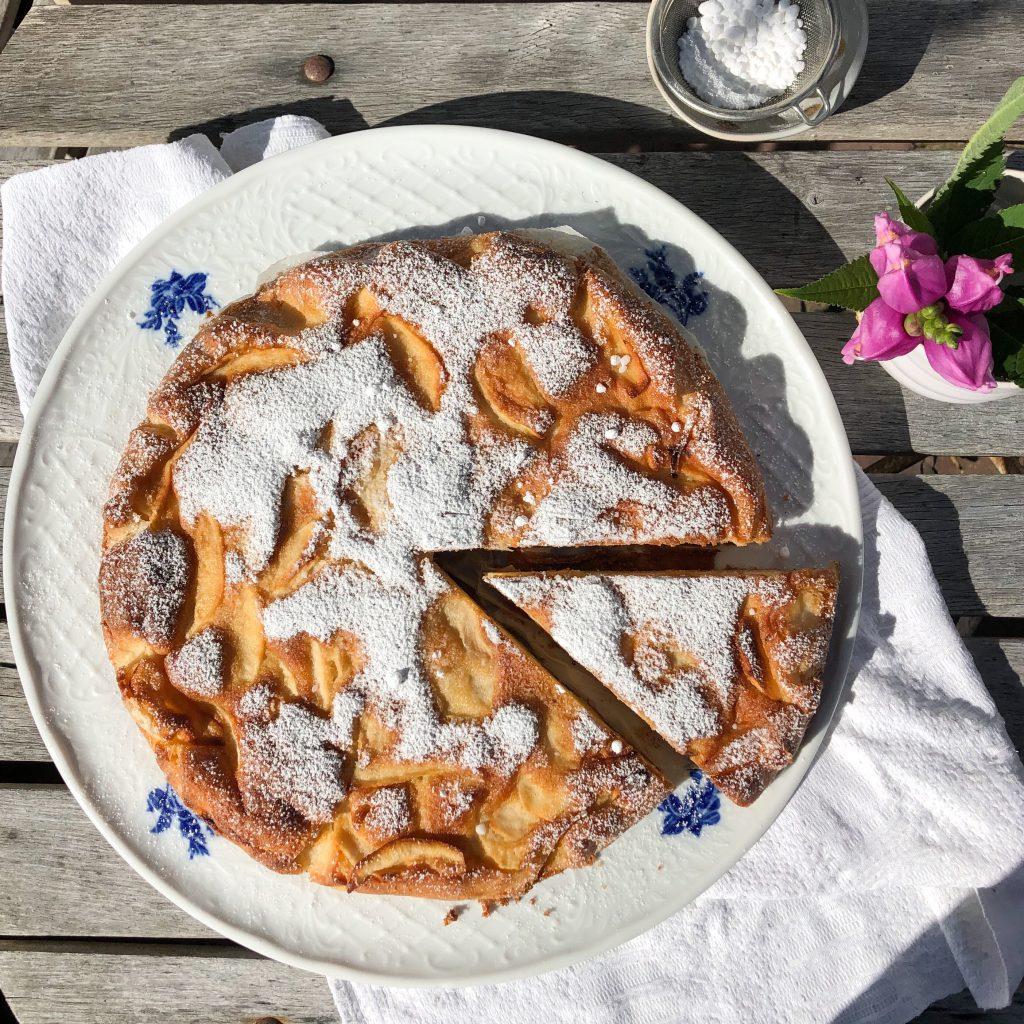 französischer Apfelkuchen: einfaches Rührkuchenrezept